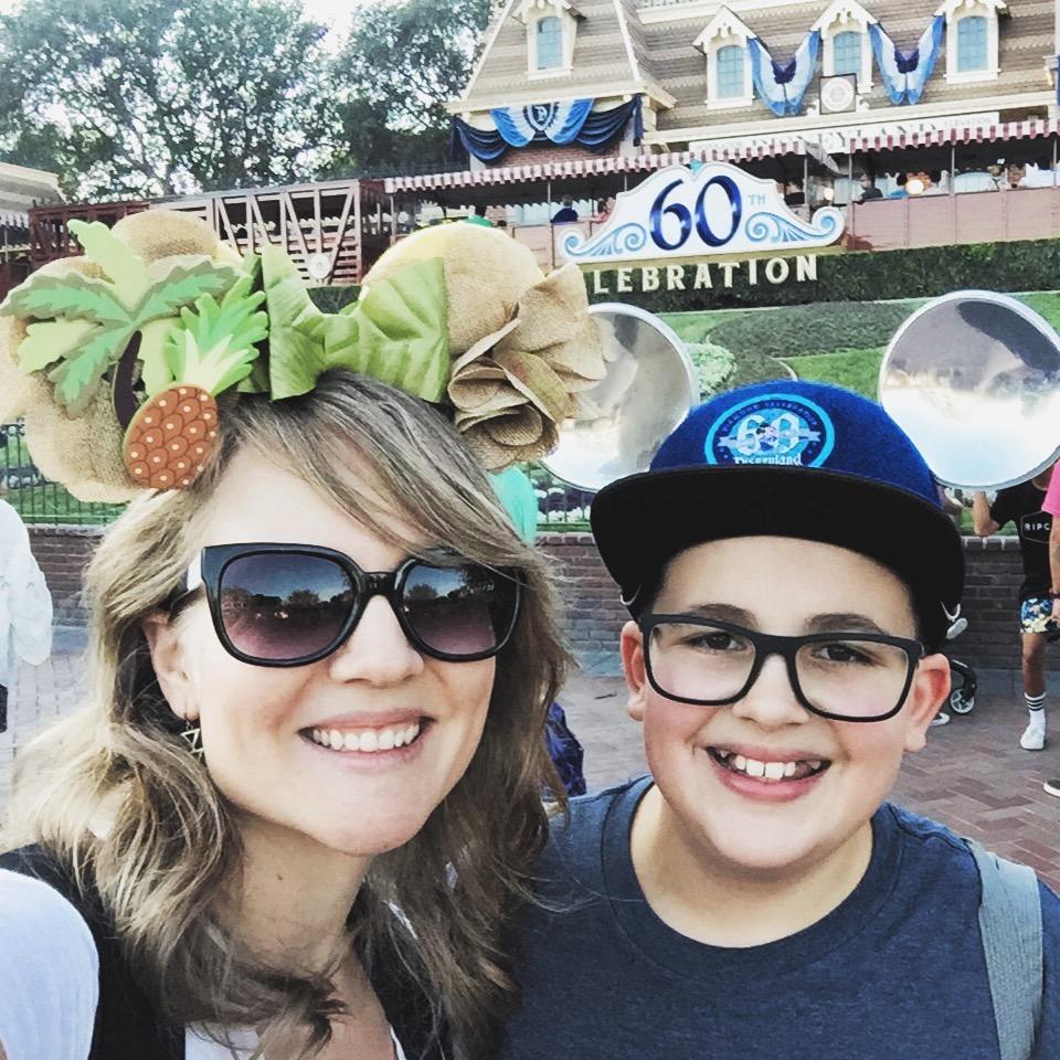 DIY Adventureland Minnie ears - such a fun way to show your Dole Whip side at Disneyland or Walt Disney World.