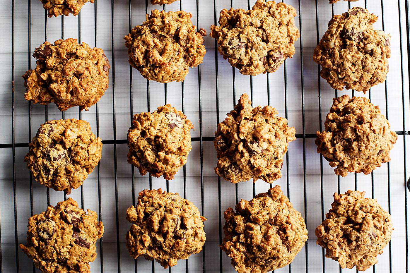 Flourless Gluten Free Oatmeal Chocolate Chip Cookies