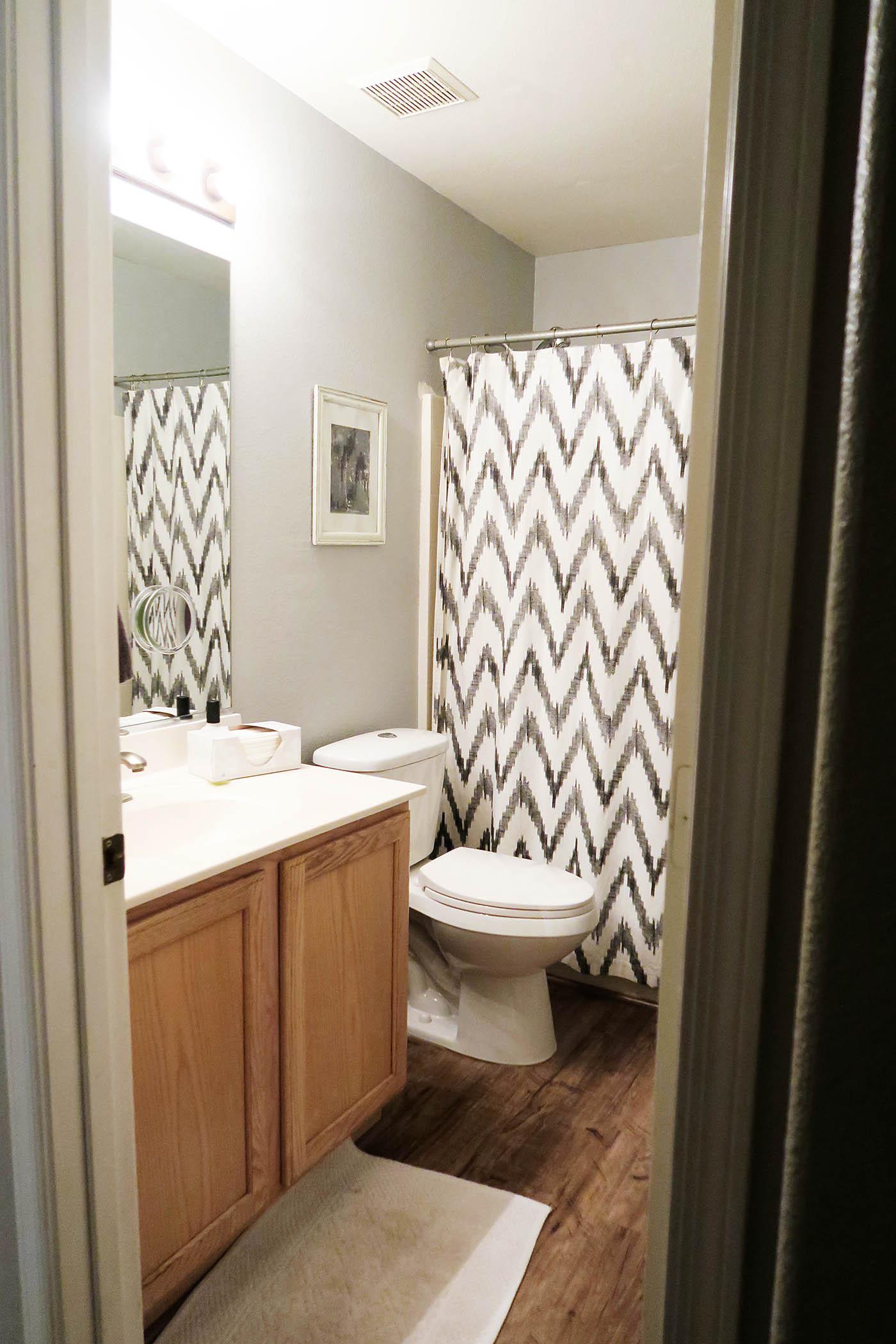 Holiday guest bathroom decor for Bathroom ideas instagram