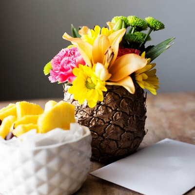 Mother's Day Pineapple Centerpiece + Chocolate Covered Pineapple